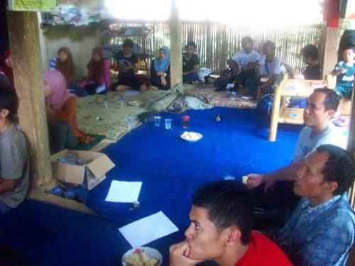 Para peserta workshop penulisan esay